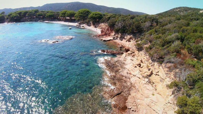 mer et montagne drone