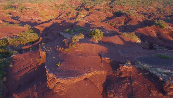 coucher soleil drone montagne